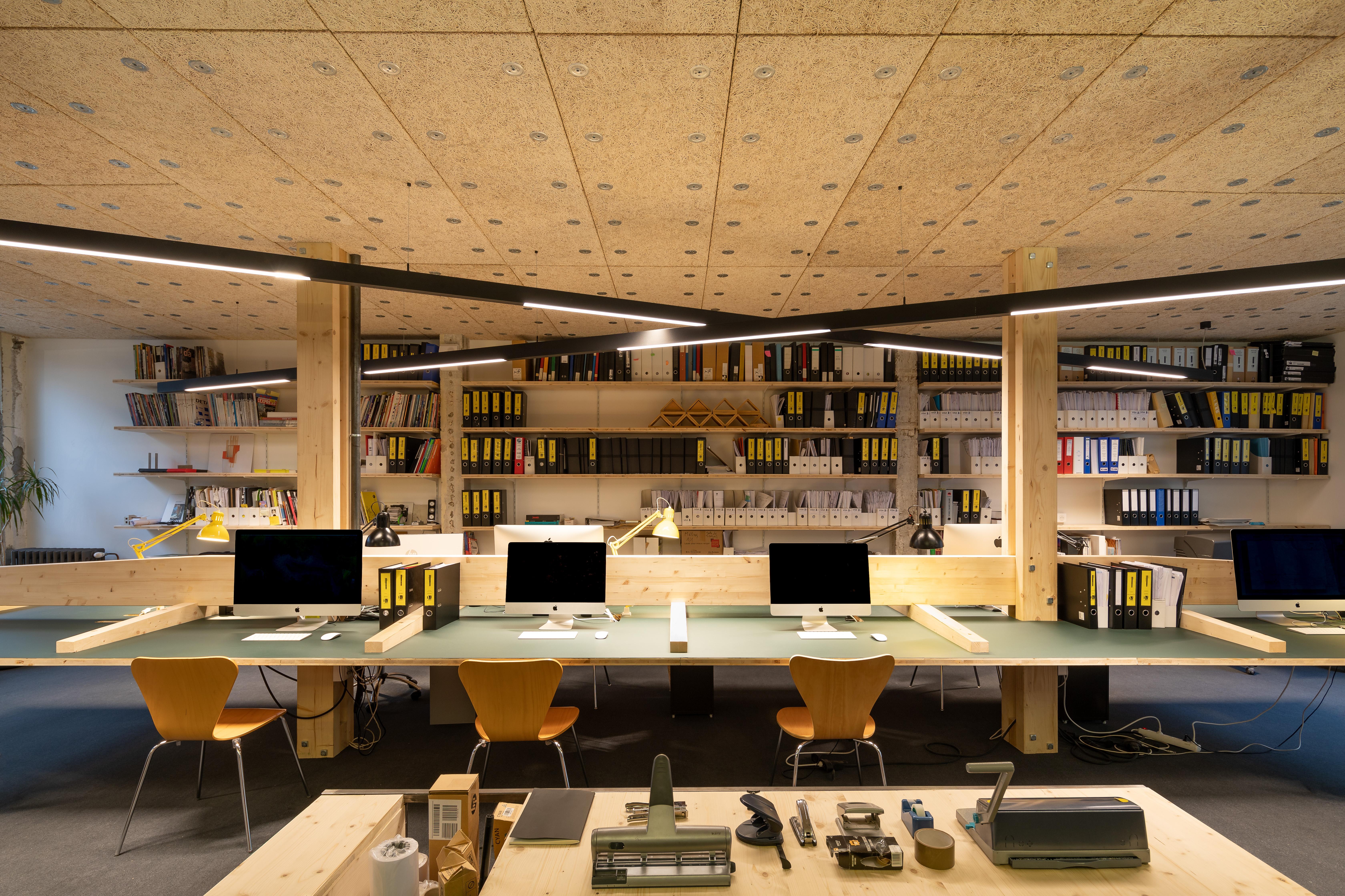 2001-Agence Onze04-Onze04 architectes-Nantes-F.Dantart-PROVISOIRE-1
